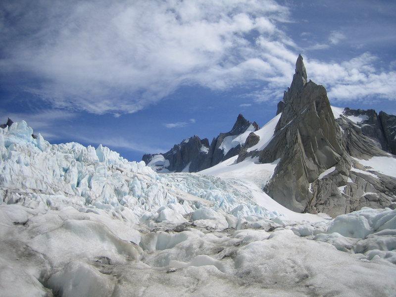 Aguja Pollone, desde el glaciar Fitz-Roy