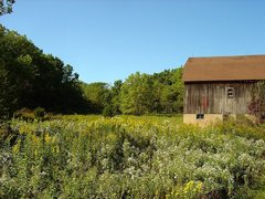 Rock Climbing Photo: The horse barn.  Beautiful fall day.