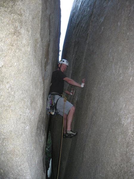 Rock Climbing Photo: The chimney start..