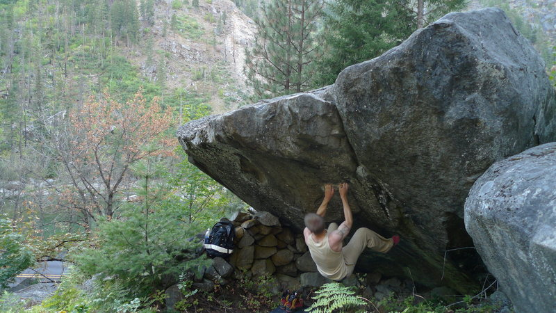 Jared Lavacque flashing Han Solo's Lightsaber Tournament V5 at Beach Parking(Tumwater Canyon) Leavenworth, WA