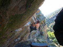 Rock Climbing Photo: Cling!