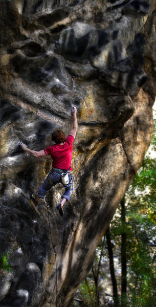 "Luke Childers coming up with the on-sight toss on the 1st crux of the famed ""Ken T'anks."