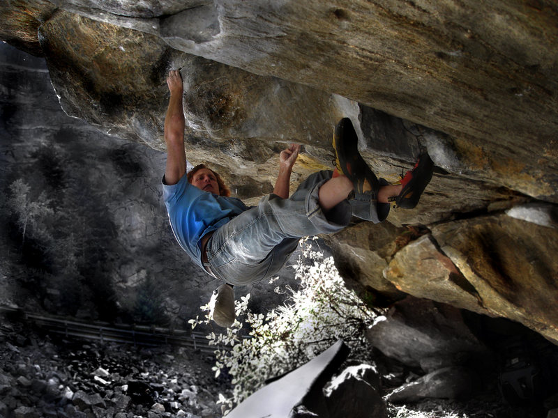 "Rock Climbing Photo: Luke Childers on ""Fluid Mechanic"" locate..."
