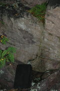 Rock Climbing Photo: Starts left of the seam and goes straight up throu...