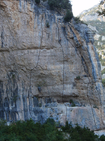 Rock Climbing Photo: The far right end of the main wall at La Surgencia...