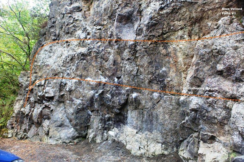 Entrance Rock traverse problems Topo