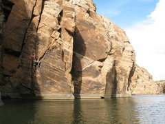 Rock Climbing Photo: Hand to fingers.  Don't fall to the left, else you...