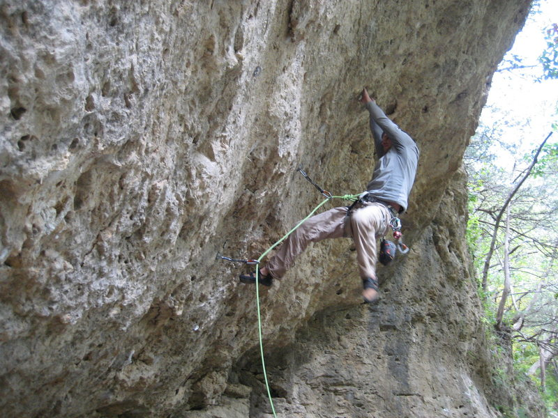 Rock Climbing Photo: Clipping the 3rd bolt