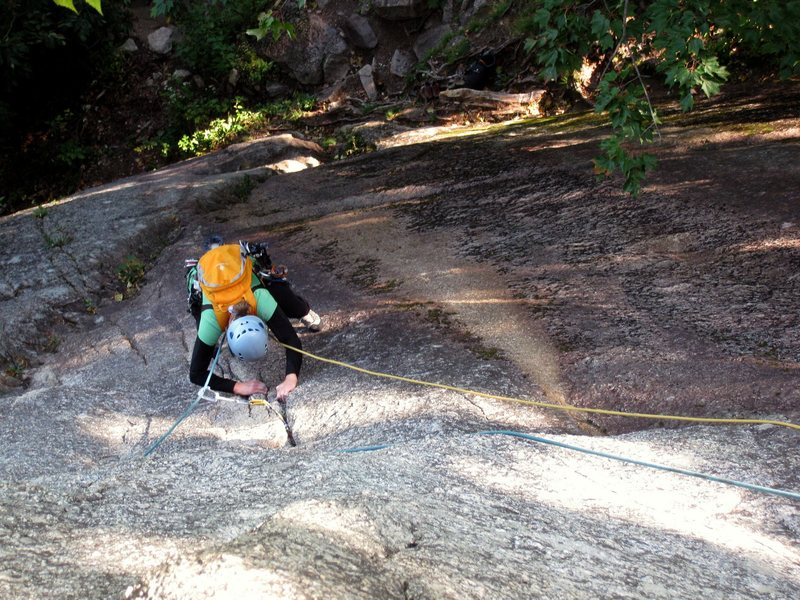 Rock Climbing Photo: Diane on the direct start to Toe Crack (1st pitch ...