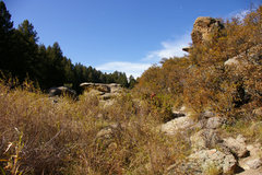 Rock Climbing Photo: Cliffs at the east entrance of castlewood canyon
