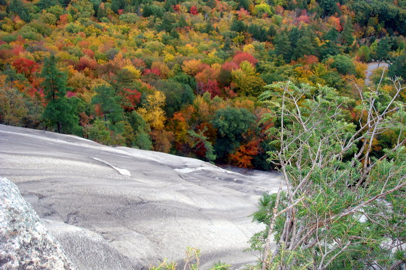 Rock Climbing Photo: View of the right side sitting on lunch ledge