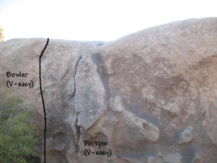 Rock Climbing Photo: Bowler (V-easy), Joshua Tree NP