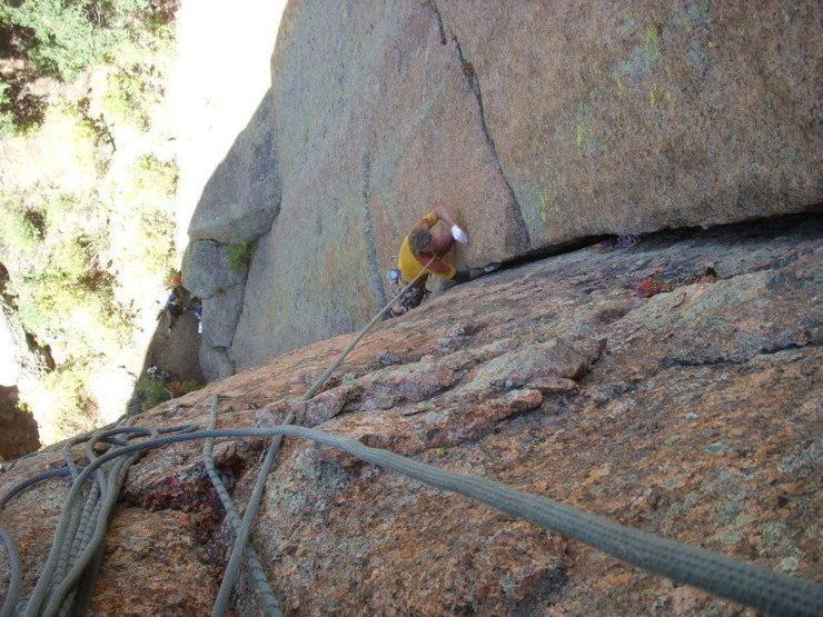 Pitch one of Hmmm! Fresh Meat!  FA about 1991, Stephen Bartlett and Strappo Hughes.<br> <br> Steep, sustained, 5.10, hand jams (p1 only), lie-backs, offwidths, and one sweet traverse on face holds.  <br> <br> Located about 1,000 willow bushes upstream from Shaft-House.   <br> <br> 33 meters below, Mike Carr and Shelby.<br> <br> Photo by Tom Carr, July 12, 2009 (approx).