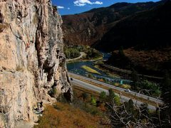 Rock Climbing Photo: Climbing Youth Warm up.  Great line.  Oct. '09.  P...