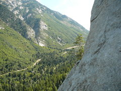Rock Climbing Photo: From the belay anchors at the start of pitch 5 of ...
