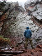Rock Climbing Photo: SteveZ on the wet downclimb from Mallory Cave in t...
