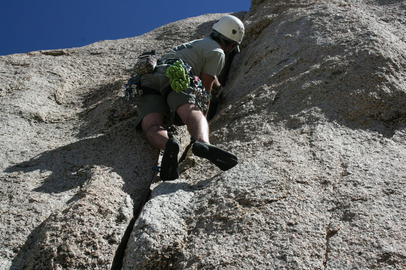 Rock Climbing Photo: Grapevine Canyon Nathan leading Committee Crack.