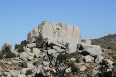 Rock Climbing Photo: Grapevine Canyon Committee Crag with Committee Cra...