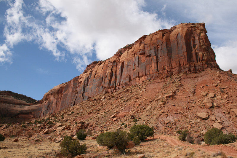 Rock Climbing Photo: wall as seen from the parking area.  the obvious r...