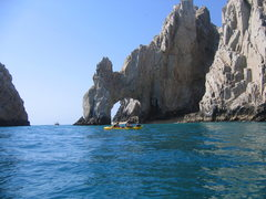 Rock Climbing Photo: the arch would make for some sick deep water soloi...