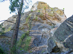 Rock Climbing Photo: Topo- Center Main Wall  1 Green Flash 5.11c *** 2 ...
