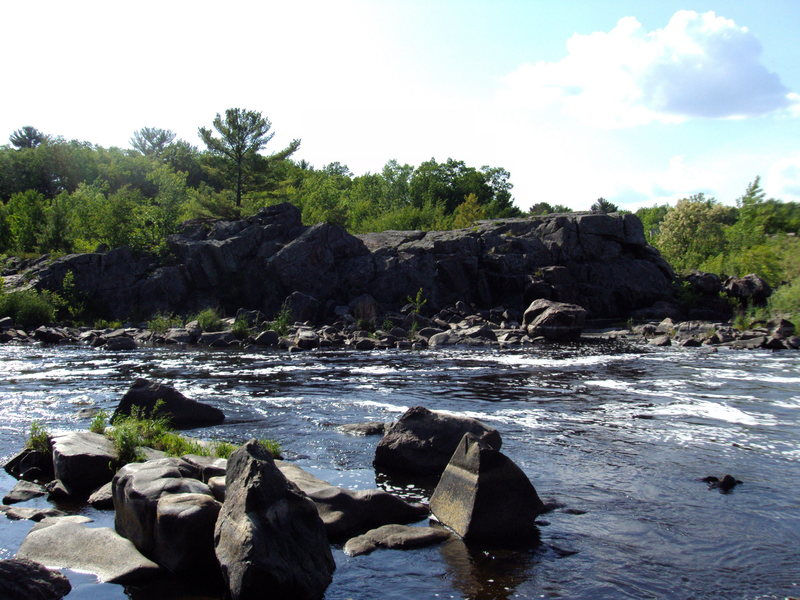 Rock Climbing Photo: the other side of the river. I havn't found much o...