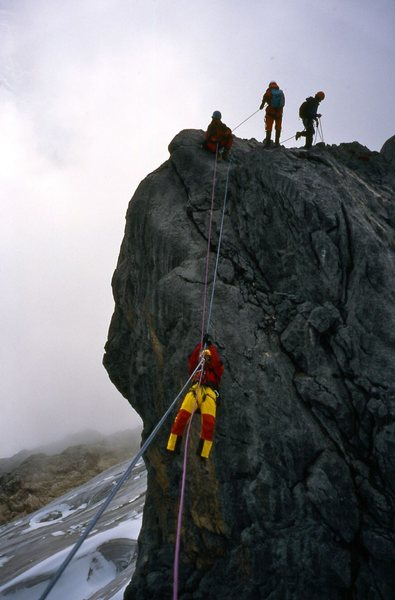 Rock Climbing Photo: Crossing the gap in the summit ridge via tyrolean.