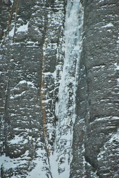 Rock Climbing Photo: Matt B. Scratching up The Ribbon.