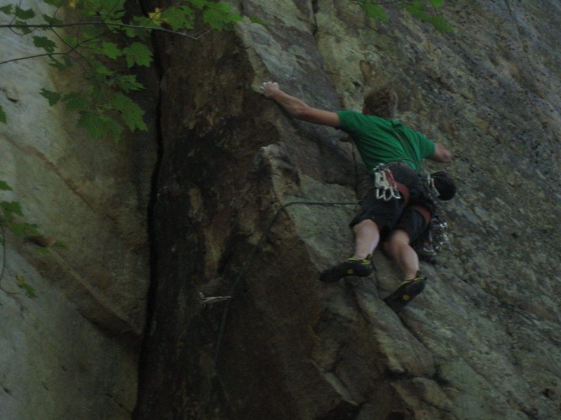 Rock Climbing Photo: Traversing right around the corner to the supremo ...