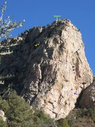 Rock Climbing Photo: Diagonal: approximate belay locations & descent ro...