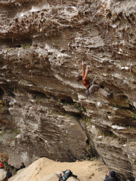Rock Climbing Photo: Cheryl attacking the crux of Skin Boat in very dam...