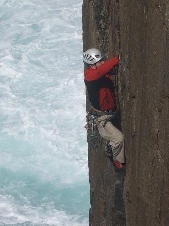 Rock Climbing Photo: Zig Zag, Sennen - Phil Ashton climbing (photo by A...