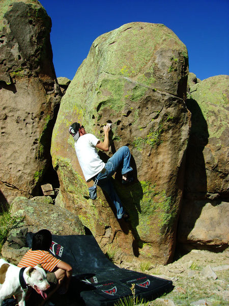 Rock Climbing Photo: Andy McClure on the V3 sit start of Warm-Up V0 (Hi...