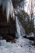 Rock Climbing Photo: The right side of the Cave area at Lower Meadow Ru...