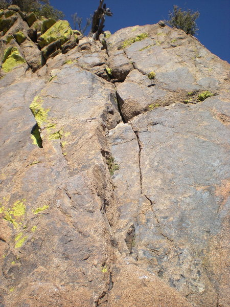 "Rock Climbing Photo: The ""30 foot vertical wall"" on P2. A coo..."
