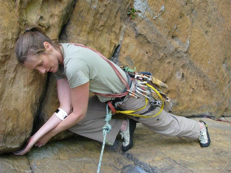 Rock Climbing Photo: Headstone Surfer