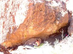 Rock Climbing Photo: Split Boulder: East overhang, upper tier  1 Cig Ma...