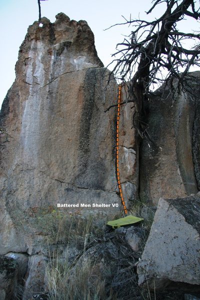 Rock Climbing Photo: Battered Men Shelter Topo