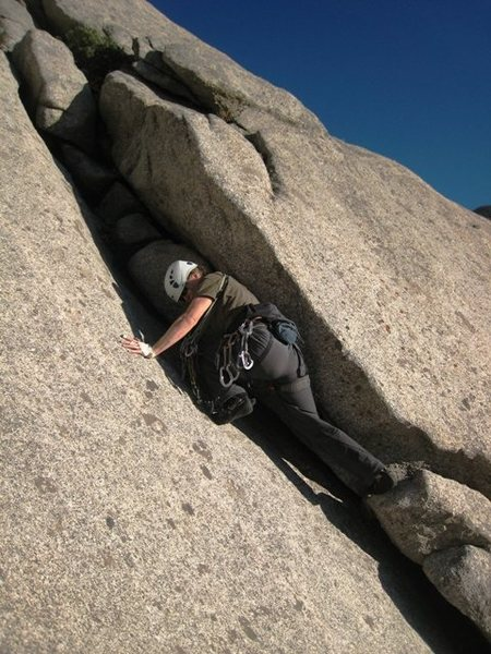 Rock Climbing Photo: Downclimbing the chimney enroute to the standard S...