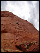 Rock Climbing Photo: Angelina flashing P1 of 1999 in Sedona, AZ.