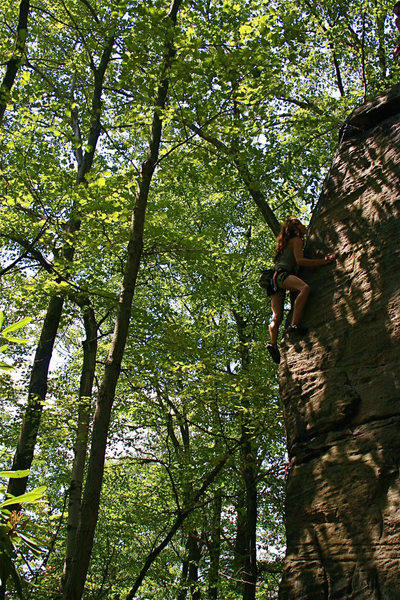 Laura seconding Mungo Jelly 5.10c at Rob's Knobs, PA