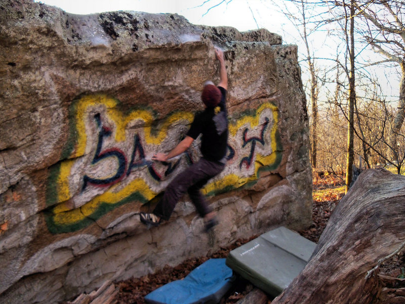 Rock Climbing Photo: Aaron Parlier sticking the right version of sandy ...
