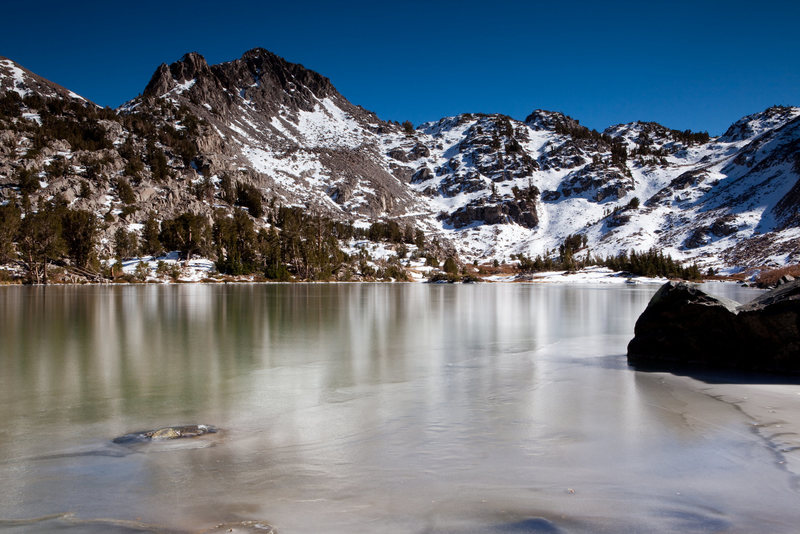 Rock Climbing Photo: First Ice of winter on Barney Lake, Mammoth Lakes ...