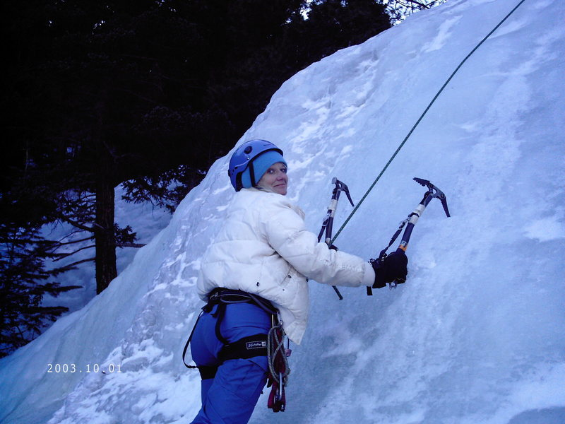 Nancy's second ice climb. 12/31/07 date stamp on photo is incorrect.