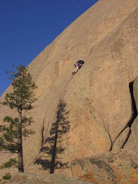 Rock Climbing Photo: Luke Clarke above the bolts on the quality alterna...