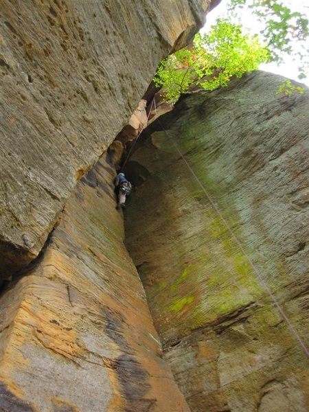 Rock Climbing Photo: Looking up Long Wall Chimney