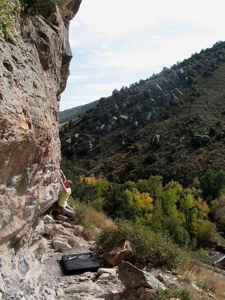Rock Climbing Photo: Nautilus traverse V3, Darkside in the distance.
