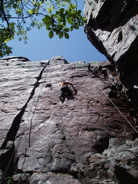 Rock Climbing Photo: Jeff Vogtschaller high over Baraboo on the stretch...