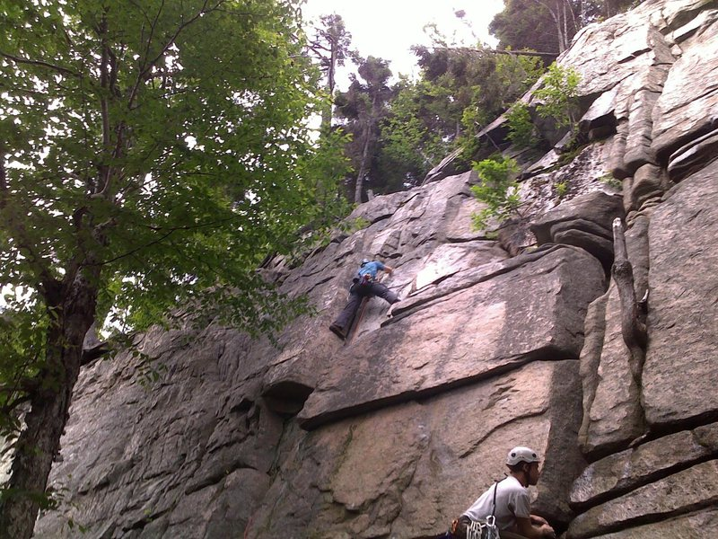 "First Trad Lead ""Maiming of the Shrew"" Echo Crag, Franconia Notch, NH"