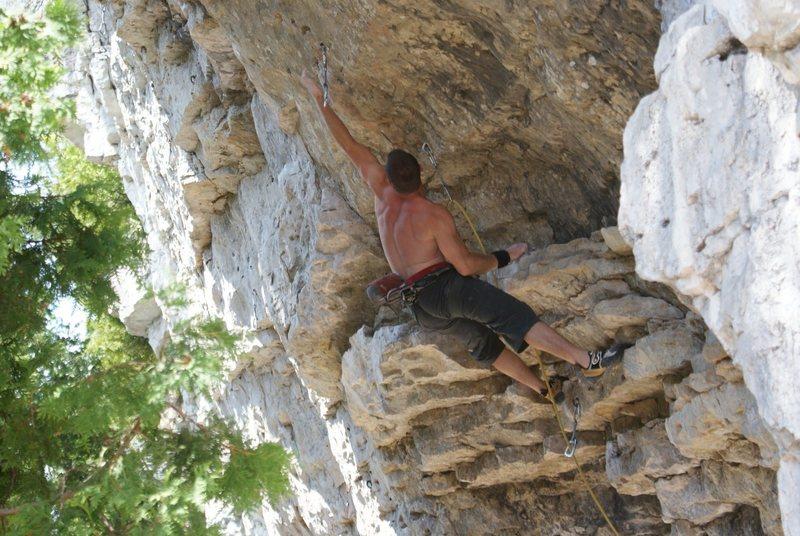 Rock Climbing Photo: Pocket Rocket 5.12b, White Bluff, Ontario, Canada